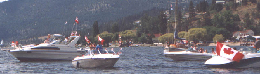 Boating in Peachland