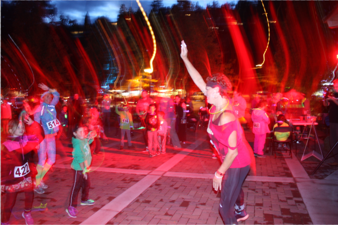 Glow Run Warm Up 2016